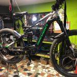 bicicleta-eléctrica-MTB2-reparación